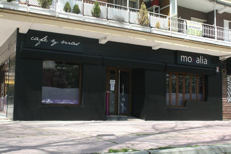 Fachada de locales comerciales modernos oportunidad unica for Fachadas de restaurantes modernos